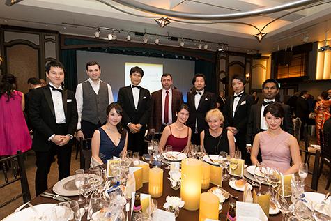 QoL基金で招聘研修されたアルメニア人Dr(後列左から2番目と4番目)及びポーランド人Dr(前列左から3番目)とゲストの皆様